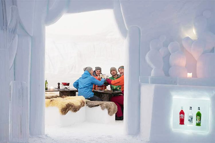 Dormire in un villaggio di igloo in Svizzera, Germania e Austria | Iglu-Dorf